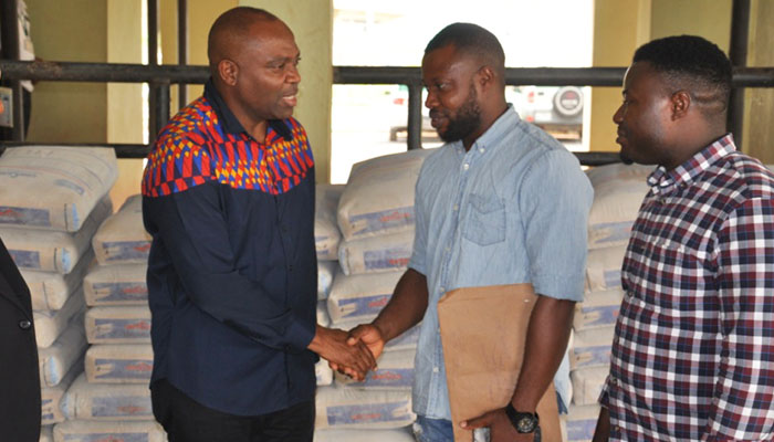 AE-FUNAI RECIEVES 100 BAGS OF CEMENT…